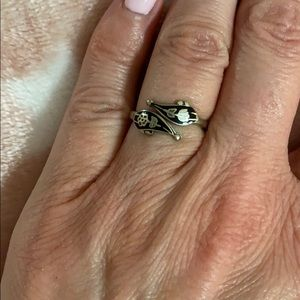 Vintage Siam ring size 5